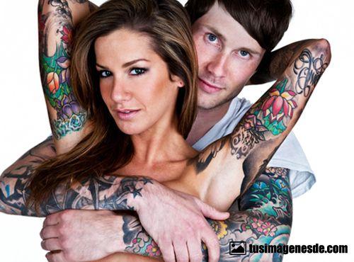 mujeres tatuadas
